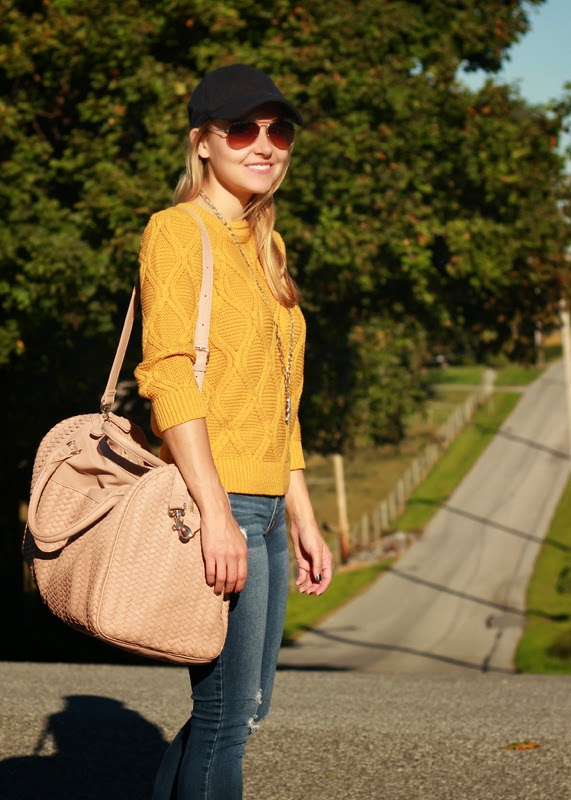 Weekend_travel_style_Sole_Society_loafers_denim_Fall