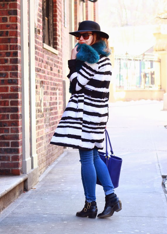 NYFW_Day2_Stripe_Coat_Faux_Fur_Collar_Denim_2
