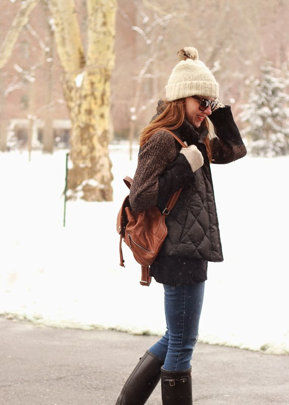 snow-day-nyc-backpack-fur-pom-beanie