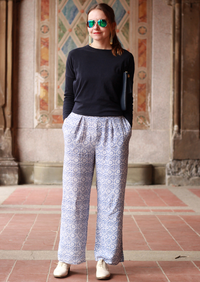 The Steele Maiden: Central Park NYC wearing printed Palazzo pants and tassel accessories