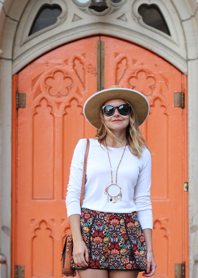 The Steele Maiden: Printed Shorts and Panama Hat