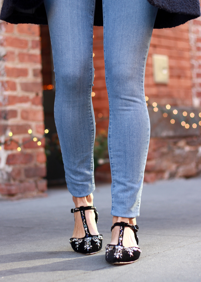 Casual Holiday Style - Sequin top and skinny jeans