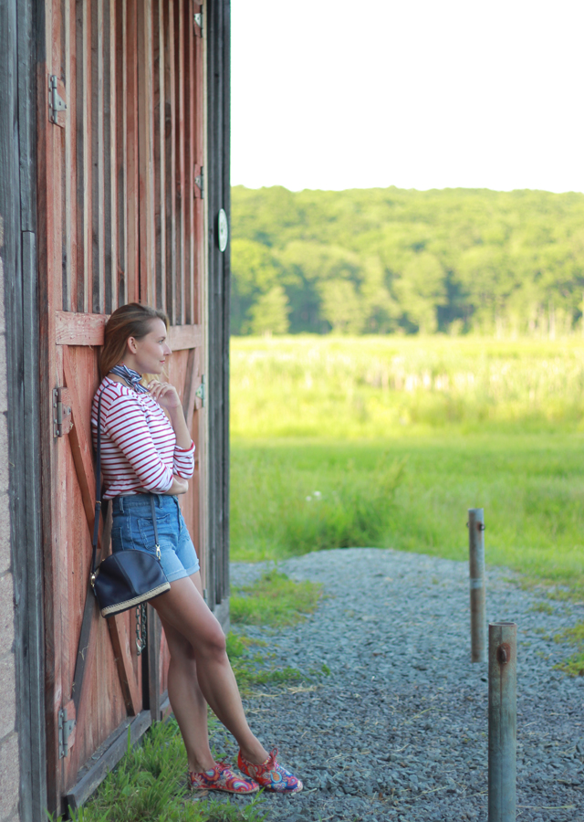 Fourth of July Outfit Idea - Madewell denim shorts and stripes