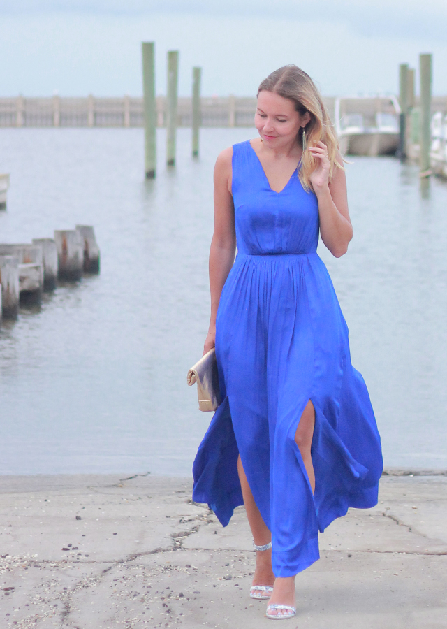 What to Wear to a Summer Wedding: Blue Maxi Dress