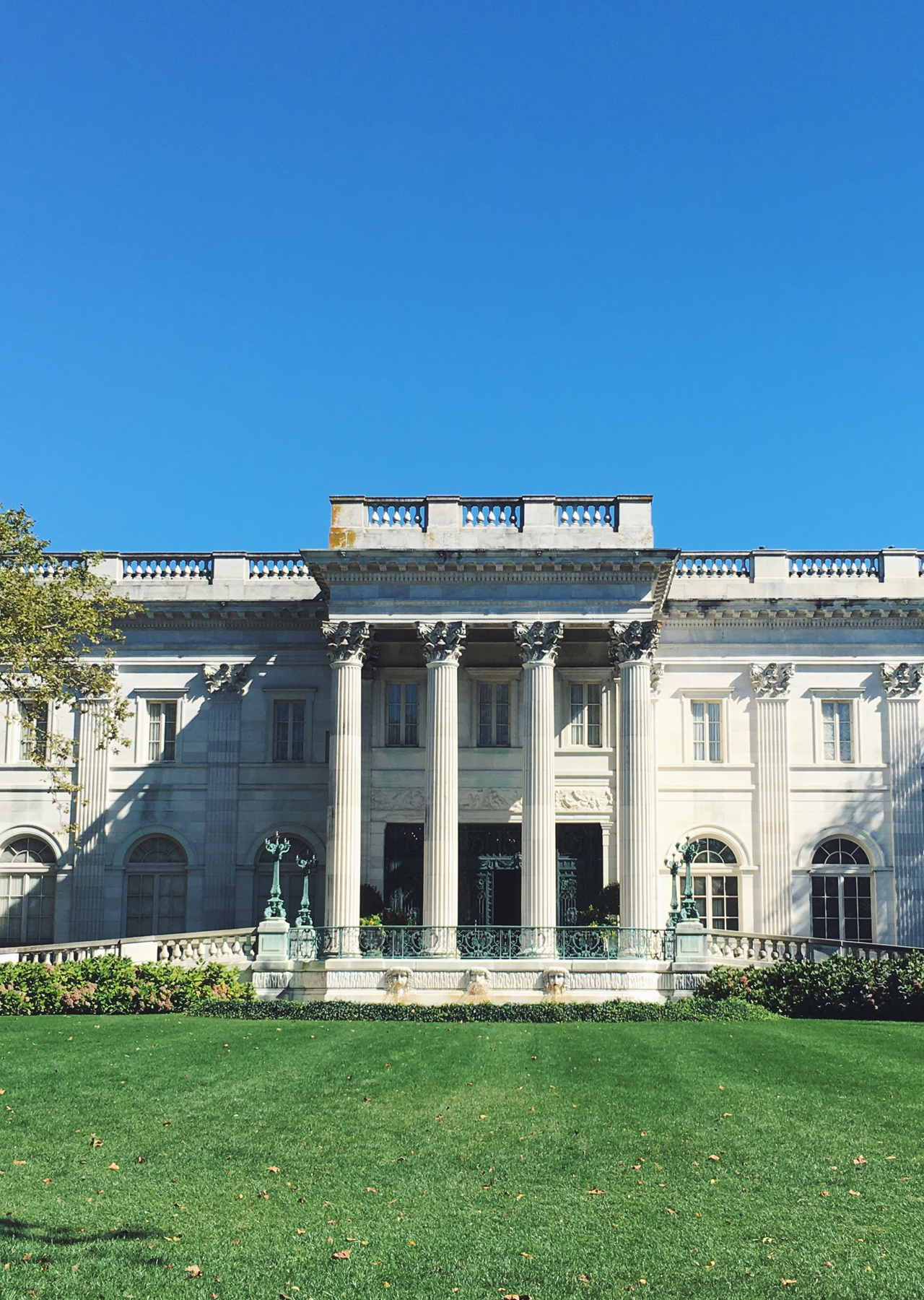 The Steele Maiden: Travel Guide to Newport, Rhode Island