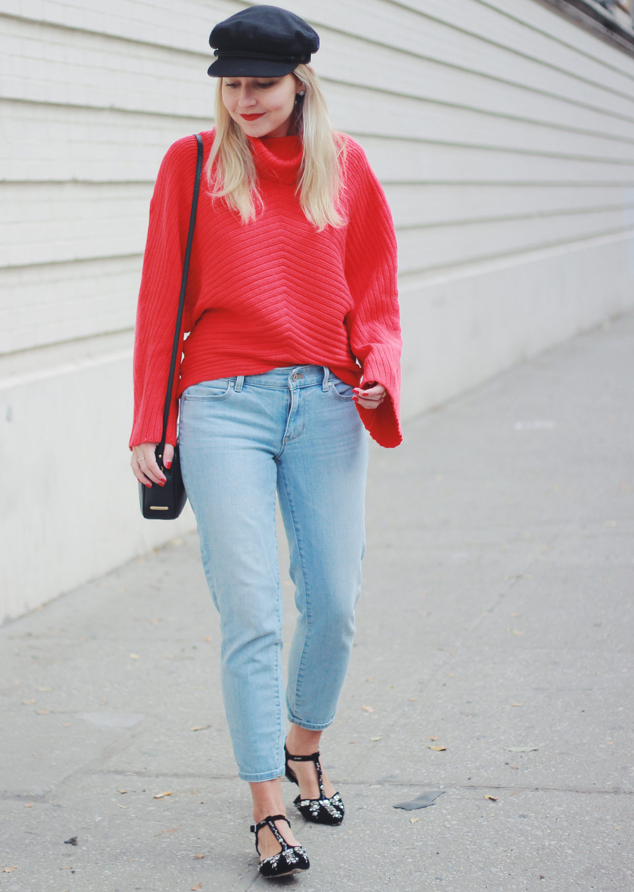 The Steele Maiden: Casual Holiday Outfit Ideas - red sweater and boyfriend jeans