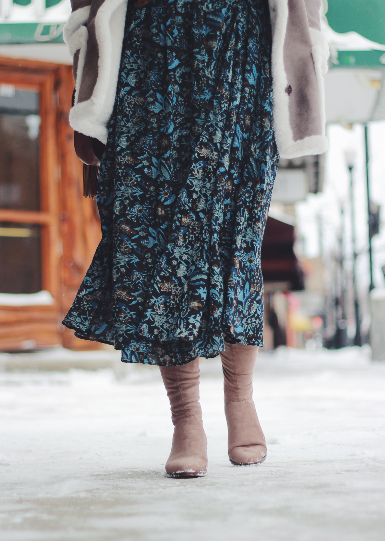 The Steele Maiden: Sheridan, Wyoming - Mint Bar - Shearling Coat and Floral Maxi Skirt