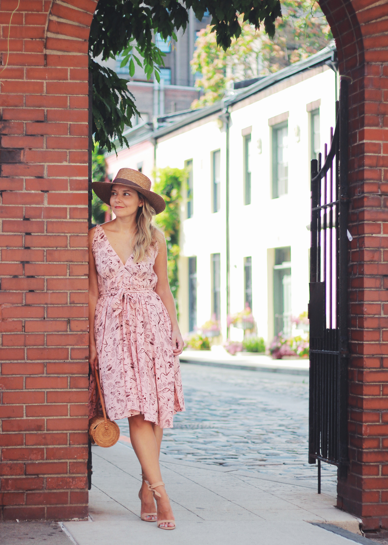 The Steele Maiden: Summer Staycation Style