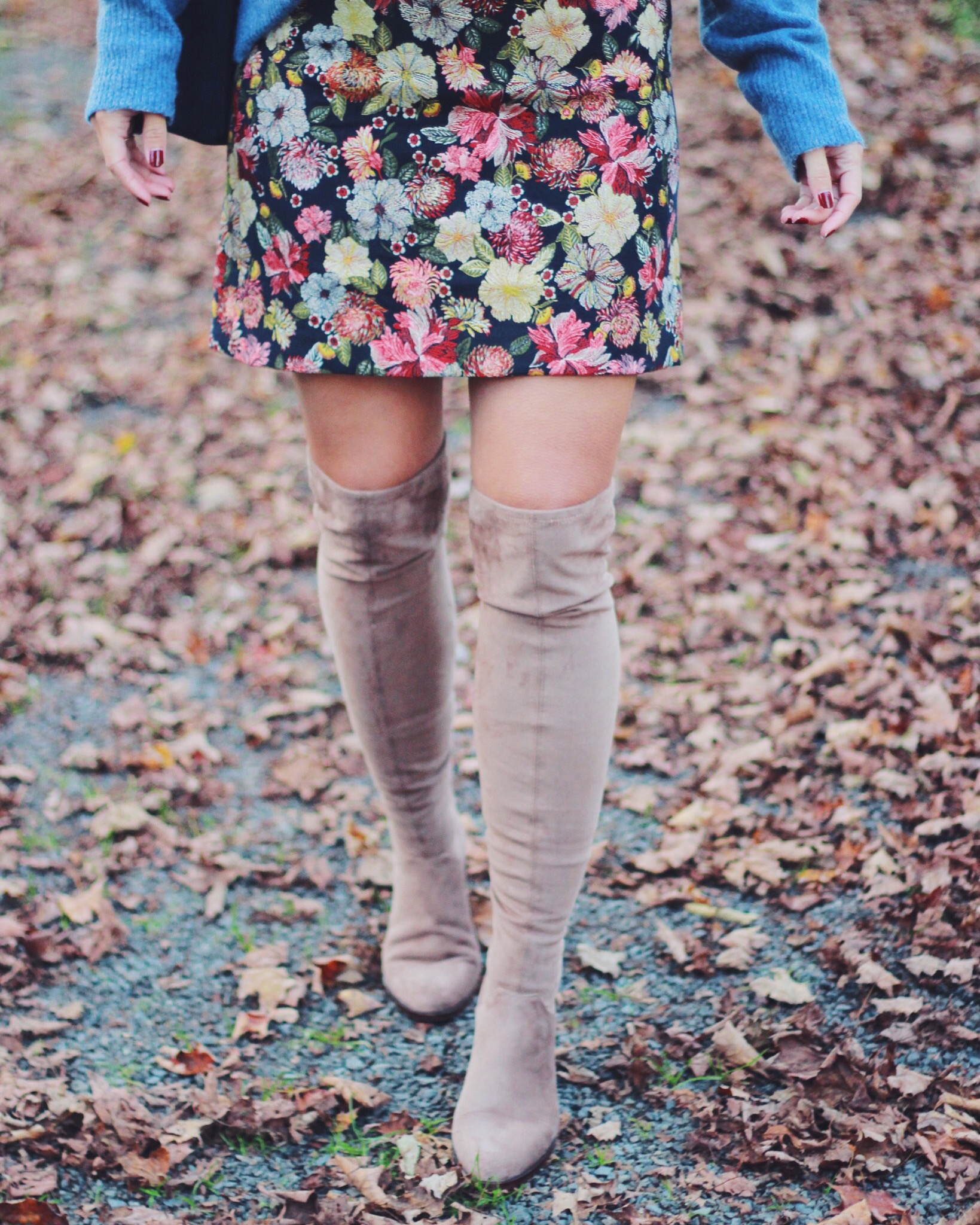 The Steele Maiden: Floral Skirt and Over the Knee Boots